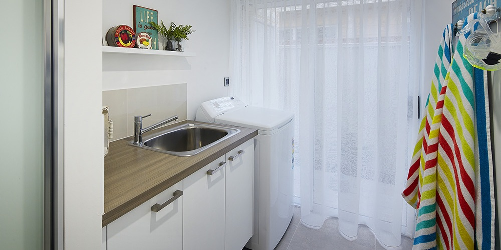 B1 Homes_The Luxe - functionable family laundry