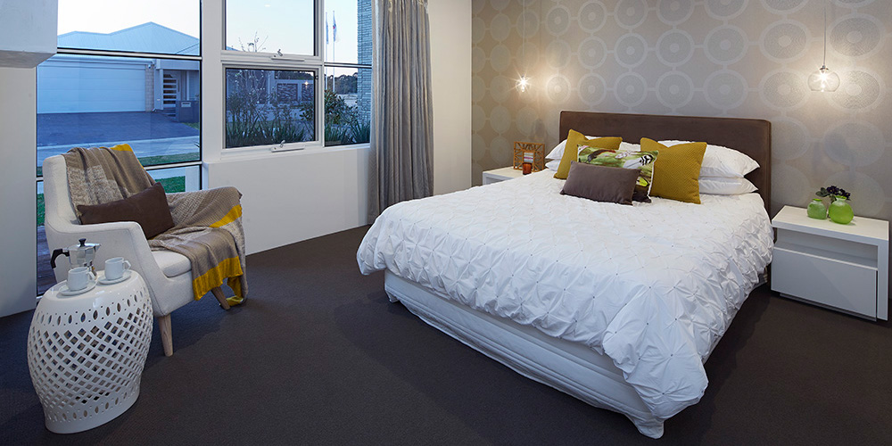 B1 Homes_The Nelson Display Home - spacious master bedroom with ensuite and walk-in-robe