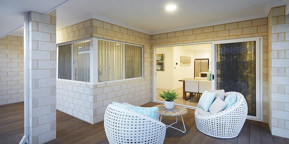 B1 Homes_The Nelson Display Home - spacious wrap around alfresco outdoor area
