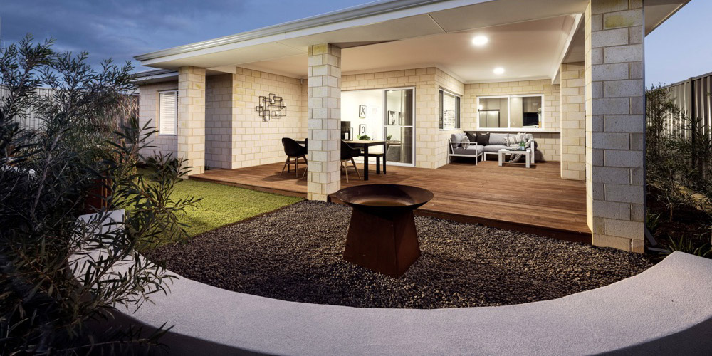 B1 Homes_The Nile Display Home - spacious outdoor area perfect for entertaining family and friends